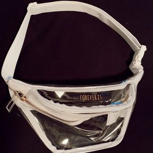 CLEAR/WHITE FANNY PACK